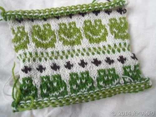 カエルの編みこみ模様ゲージ