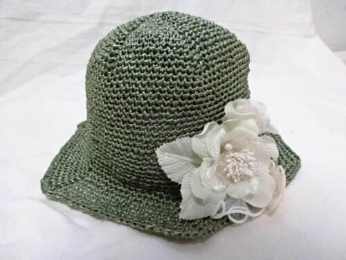 夏のさわやか帽子