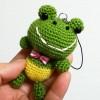 [試作品完成] カエルのあみぐるみストラップ、ひとまず編んでみました♪