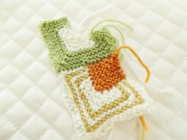 ドミノ編みスワッチ
