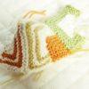 ドミノ編みでタブレットケースを作るよ!(2):配色と一番難しい『角っこ』の見当がつきました♪