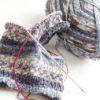 アリカンテ8で編むレッグウォーマーは、なかなかステキんぐな柄の出具合です