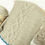 ハマナカ・メンズクラブマスターで編む『横編みのアランキャップ』(2):ようやく半分編めました!