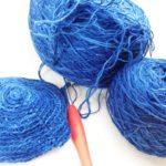 手染めの藍染糸で『がまぐち』試作中!う~ん、良いお色!!
