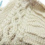 本日の編み物:横編み帽子もうすぐ仕上げ!&ガマグチひとつ完成♪
