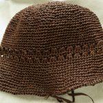 クラフトクラブの夏用帽子はブリム半分まで出来ました