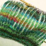 緑色のブリオッシュ編み毛糸の帽子の進捗&100均で見つけた「マンダラチャートノート」!