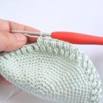 編みがま口(9):新色のがま口は玉編みで。