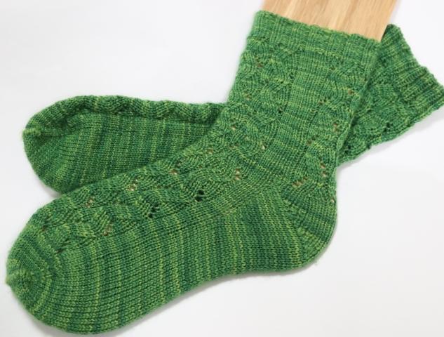 トゥアップの手編み靴下