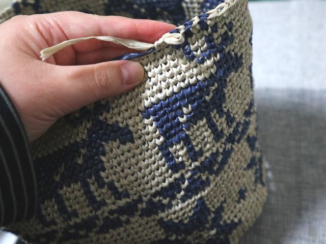 メリヤスこま編みのバッグ途中経過