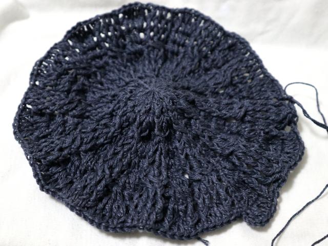 リネンサーフで編むキャスケット帽
